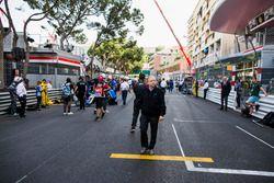 Jean Todt, President de la FIA, sur la grille