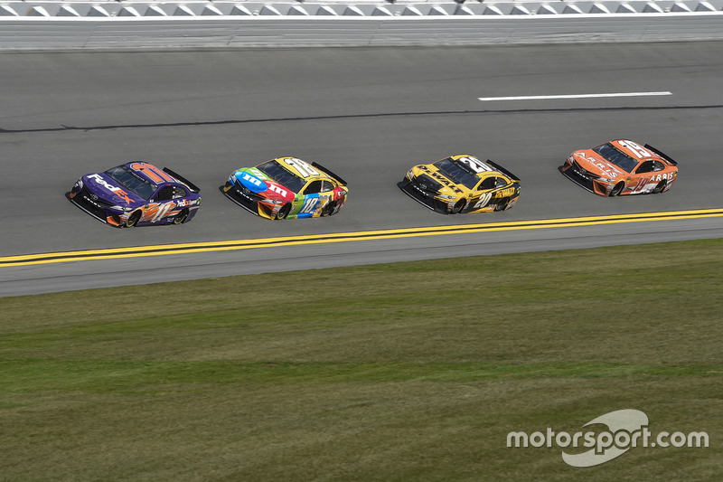 Denny Hamlin, Joe Gibbs Racing, FedEx Express Toyota Camry, Kyle Busch, Joe Gibbs Racing, M&M's Toyota Camry, Erik Jones, Joe Gibbs Racing, DEWALT Toyota Camry, Daniel Suarez, Joe Gibbs Racing, ARRIS Toyota Camry