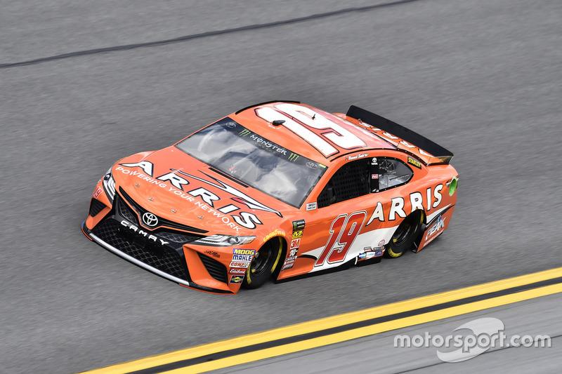 №19. Даниэль Суарес, Joe Gibbs Racing, ARRIS Toyota Camry