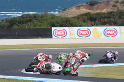 Sturz: Eugene Laverty, Milwaukee Aprilia