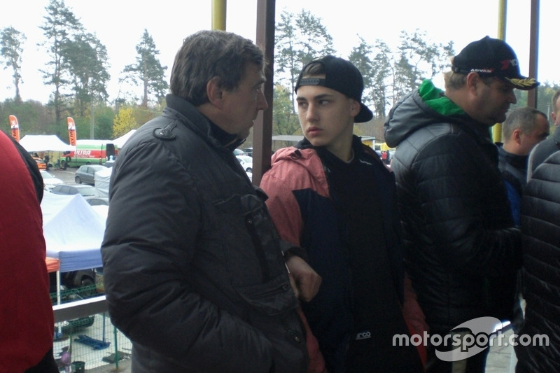 Ілля Замула з батьком