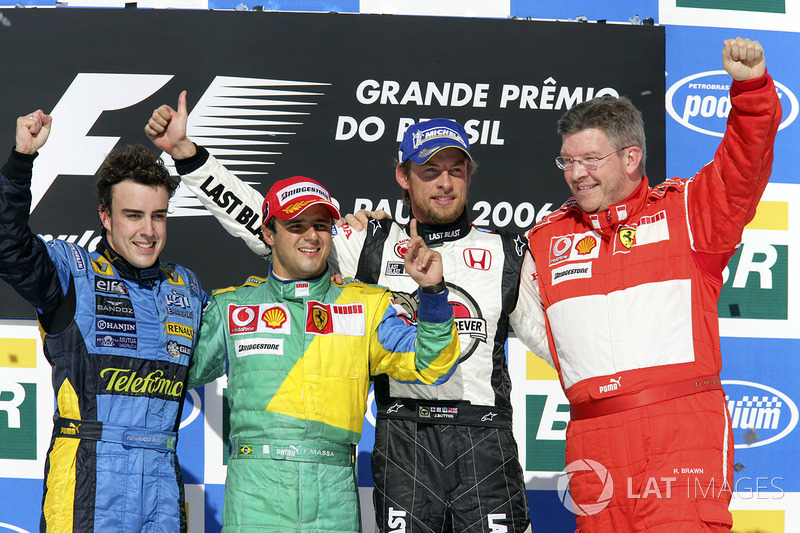 Felipe Massa venceu com macacão verde-amarelo, mesmo fazendo parte da Ferrari em 2006.