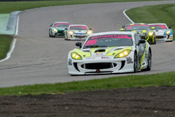 #88 Team HARD. with Trade Price Cars Ginetta G55 GT4: Joshua Jackson, Benjamin Wallace
