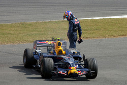 Mark Webber, Red Bull Racing RB4 suffers an engine failure in practice