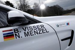 BMW M4 GT4 van Beitske Visser en Nico Menzel