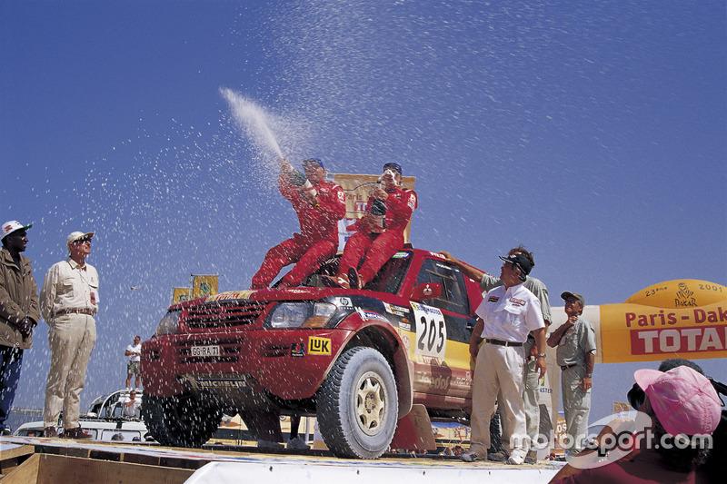 2001: Jutta Kleinschmidt, Andreas Schulz, Mitsubishi Pajero