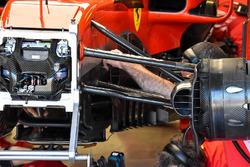Barcaza y cambio de piso en el Ferrari SF71H de Kimi Raikkonen