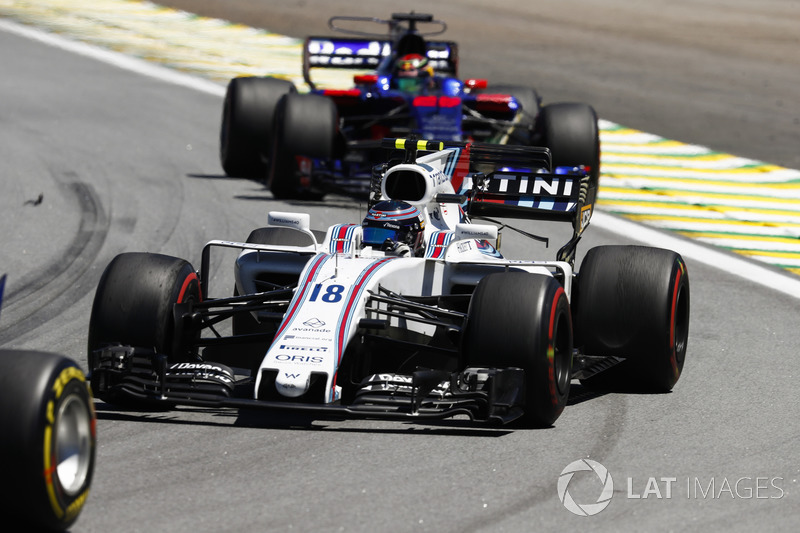 Lance Stroll, Williams FW40, Brendon Hartley, Scuderia Toro Rosso STR12