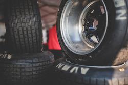 Detalle de neumáticos