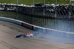 Matheus Leist, A.J. Foyt Enterprises Chevrolet crashes in turn two