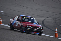 #147 MP3B BMW 325i: Gilberto Pinzon, Javier Pinzon, William Corredor, Carlos Corridor of Bucket List