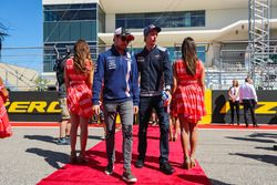 Sergio Perez, Sahara Force India and Brendon Hartley, Scuderia Toro Rosso on the drivers parade