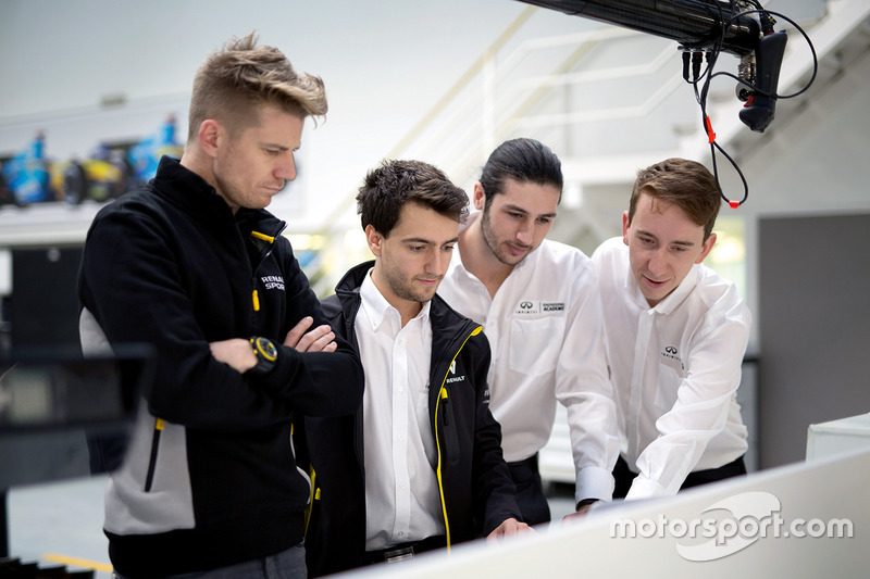 Nico Hulkenberg, Renault Sport F1 Team, with INFINITI Engineering Academy members