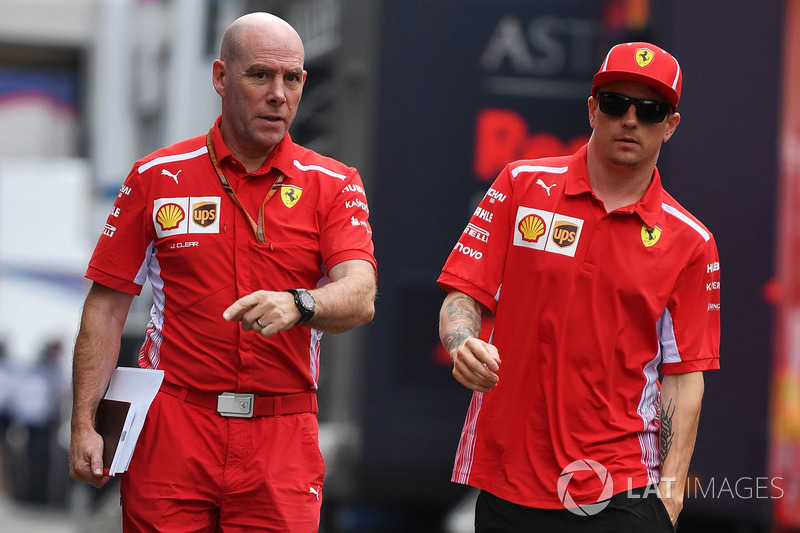Jock Clear, Ferrari Chief Engineer and Kimi Raikkonen, Ferrari