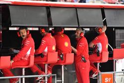Maurizio Arrivabene, Ferrari Team Principal, Ferrari pit wall gantry