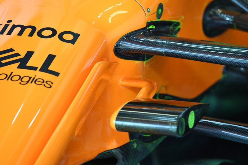 McLaren MCL33 front suspension detail