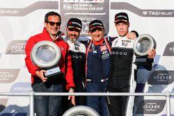 Podium: Race winner Gabriele Tarquini, BRC Racing Team Hyundai i30 N TCR, second place Yvan Muller, YMR Hyundai i30 N TCR, third place Thed Björk, YMR Hyundai i30 N TCR