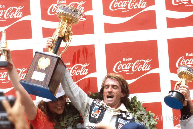 Jacques Laffite: 9 temporadas en Ligier (desde 1977 hasta 1982 y desde 1985 hasta 1986)