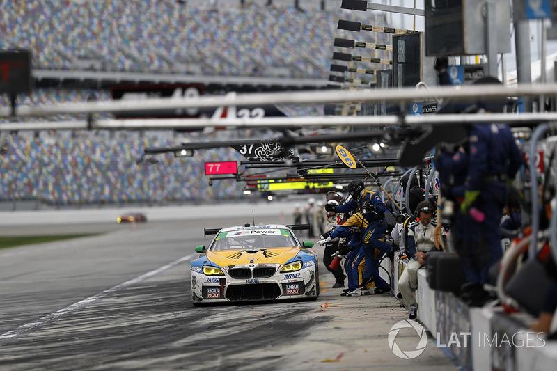#96 Turner Motorsport BMW M6 GT3, GTD: Jens Klingmann, Martin Tomczyk, Mark Kvamme, Don Yount, Cameron Lawrence au stand