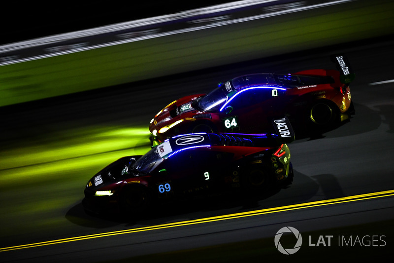 #69 HART Acura NSX GT3, GTD: Chad Gilsinger, Ryan Eversley, Sean Rayhall, John Falb, #64 Scuderia Co