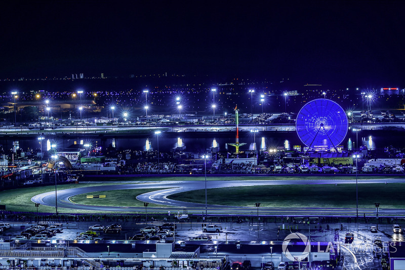 Panoramica della pista, atmosfera