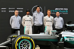 Презентация Mercedes AMG F1 W07 Hybrid: Эндри Коувелл, менеджер по производительности Mercedes-Benz;