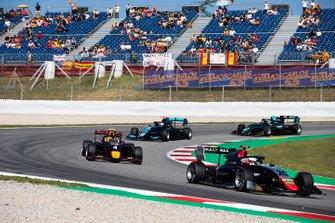 Leonardo Pulcini, Hitech Grand Prix en Liam Lawson, MP Motorsport