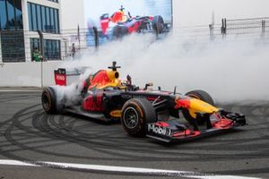 Max Verstappen, Red Bull Racing RB7