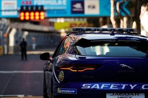 The Safety Car at the head of the grid