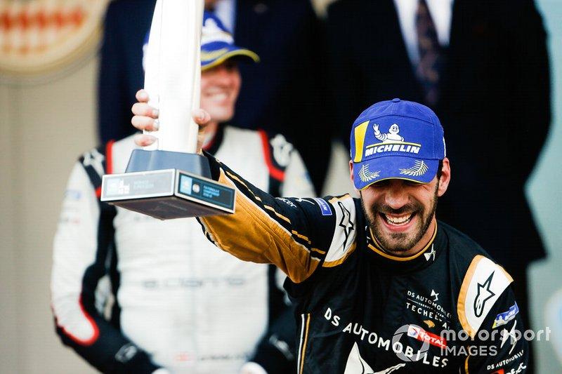 Podium: race winner Jean-Eric Vergne, DS TECHEETAH celebrates victory