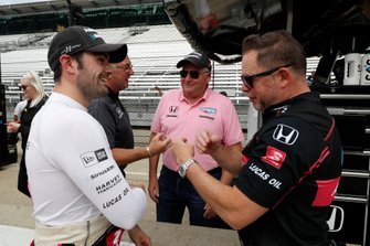 Jack Harvey, Meyer Shank Racing with Arrow SPM Honda, mit Michael Shank und Jim Meyer