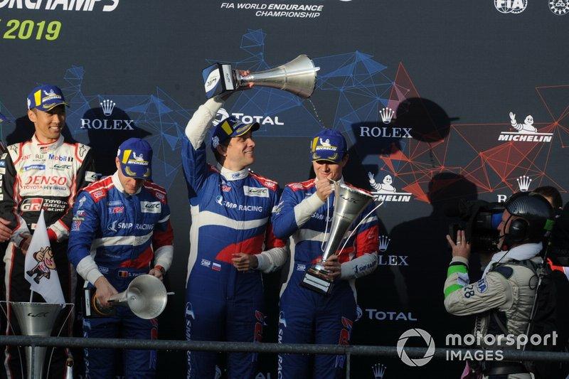P1 Podio, #11 SMP Racing BR Engineering BR1: Mikhail Aleshin, Vitaly Petrov, Stoffel Vandoorne