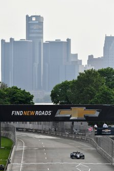 Ed Jones, Ed Carpenter Racing Scuderia Corsa Chevrolet crosses the finish line under the checkered flag
