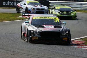 #31 JRM Racing Bentley Continental GT3: Seb Morris, Rick Parfitt Jr.
