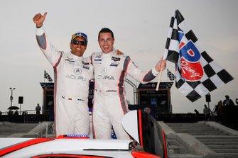 I vincitori della gara #6 Acura Team Penske Acura DPi, DPi: Juan Pablo Montoya, Dane Cameron
