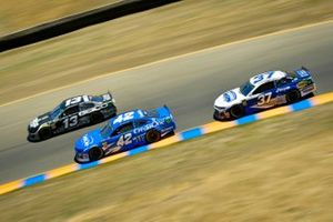 Ty Dillon, Germain Racing, Chevrolet Camaro GEICO Military, Kyle Larson, Chip Ganassi Racing, Chevrolet Camaro Credit One Bank, Chris Buescher, JTG Daugherty Racing, Chevrolet Camaro Hellmann's