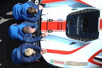 Сотрудники команды Chip Ganassi Racing Ford GT