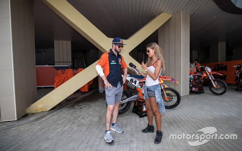 Jeffrey Herlings, Red Bull KTM Factory Racing con Lisa Leyland