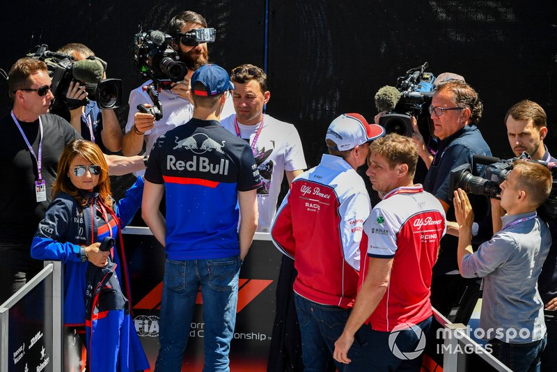 Daniil Kvyat, Toro Rosso et Kimi Raikkonen, Alfa Romeo Racing, parlent à la presse