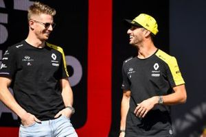 Nico Hulkenberg, Renault F1 Team and Daniel Ricciardo, Renault on the stage at the Fan Zone
