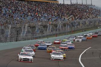 Cole Custer, Stewart-Haas Racing, Ford Mustang Haas Automation, Tyler Reddick, JR Motorsports, Chevrolet Camaro BurgerFi