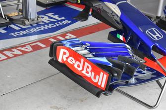 Scuderia Toro Rosso STR13 detalle del alerón delantero