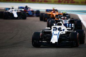 Lance Stroll, Williams FW41 voor Kevin Magnussen, Haas F1 Team VF-18 en Stoffel Vandoorne, McLaren MCL33