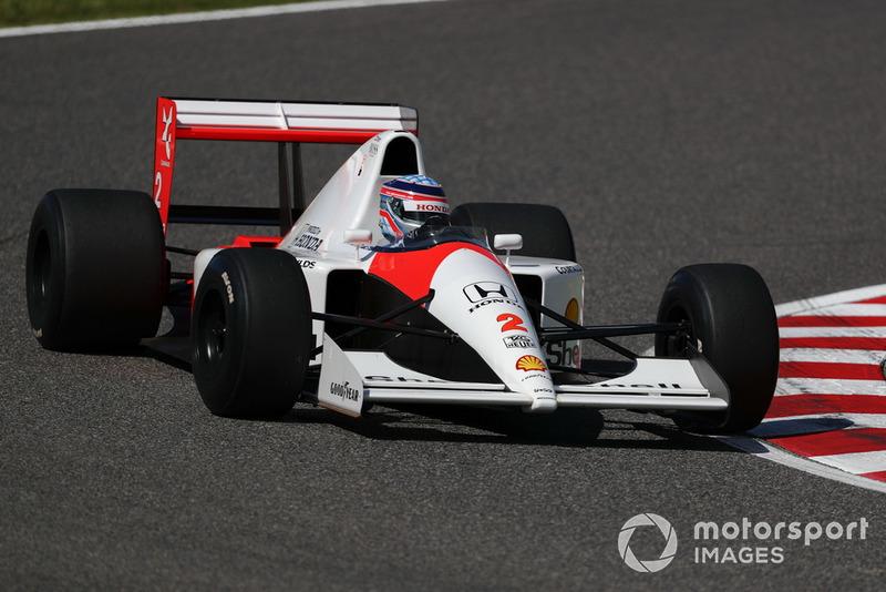 Takuma Sato, McLaren Honda MP4-7A, acara demonstrasi lap Perayaan Legenda F1 ke-30