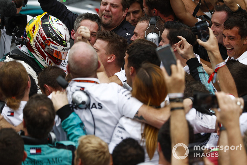 Lewis Hamilton, Mercedes AMG F1, celebrates victory with his team.