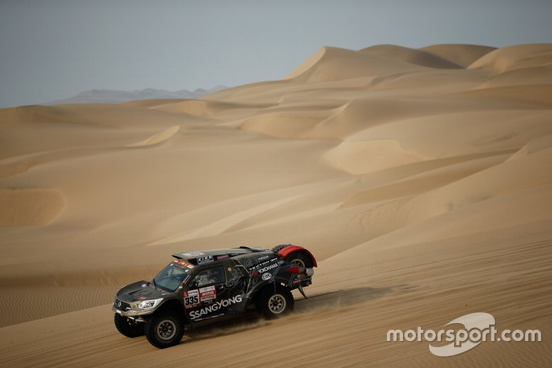 #335 SsangYong Tivoli DKR: Óscar Fuertes, Diego Vallejo