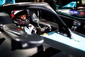 Карри Шрайнер, HWA Racelab, VFE-05