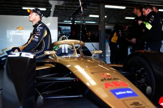 Andre Lotterer, DS TECHEETAH, in the garage