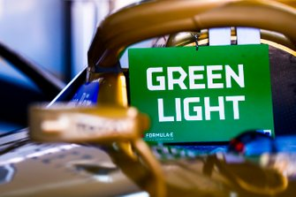 Green light notice board on a DS TECHEETAH, DS E-Tense FE19