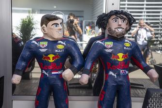Max Verstappen, Red Bull Racing and Daniel Ricciardo, Red Bull Racing RB14 sculptures